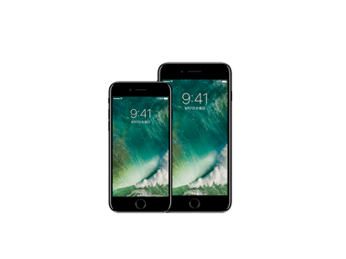 1iPhone7-model_up (1)